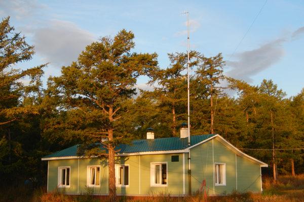 Байкало-Ленский заповедник. Гостевой дом на мысе Онхолой
